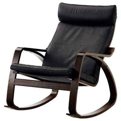 ПОЭНГ кресло-качалка с черно-коричневым каркасом и чехлами из кожи